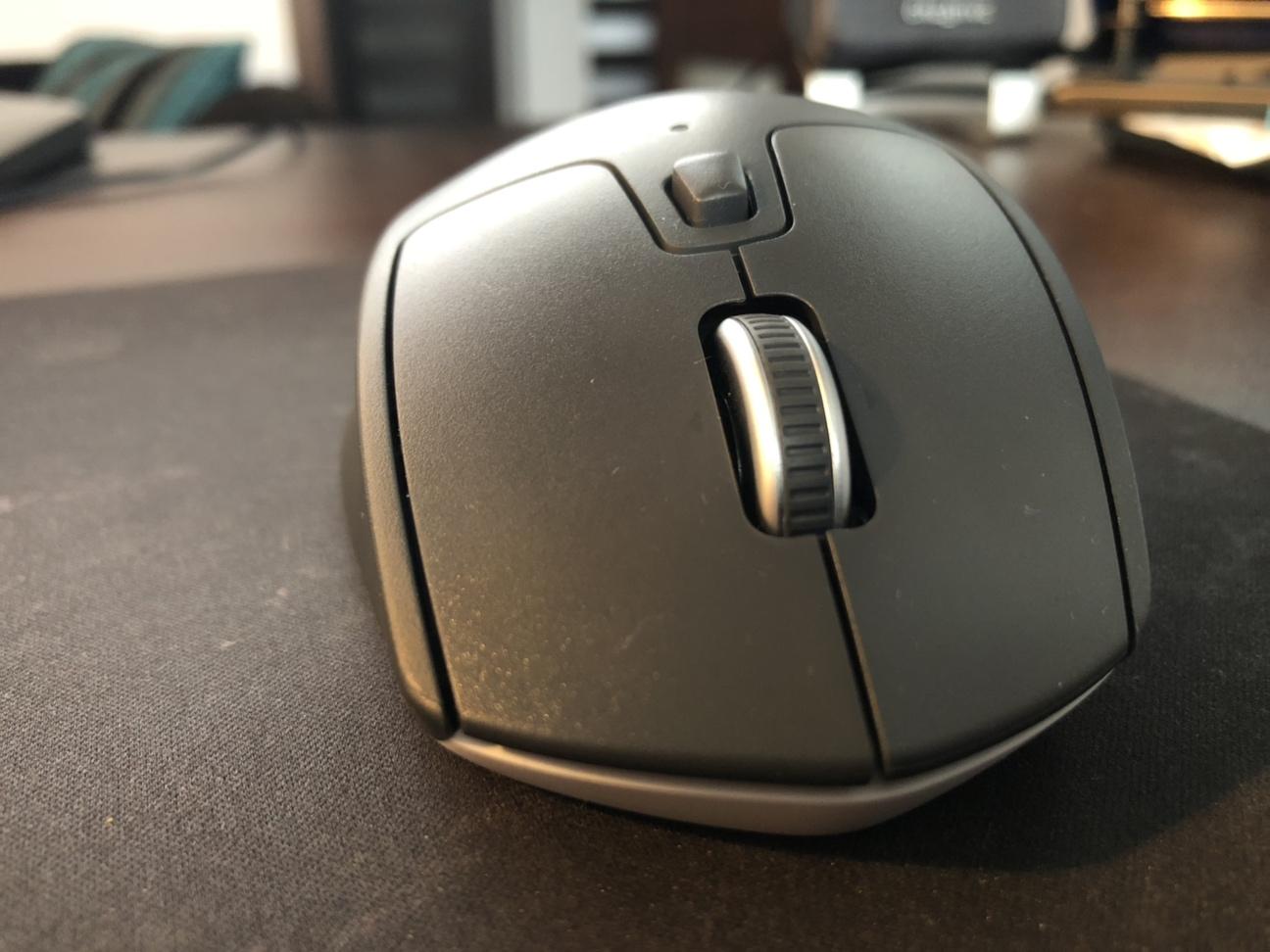 M720 Triathlon - mysz, która potrafi zaskoczyć - recenzja